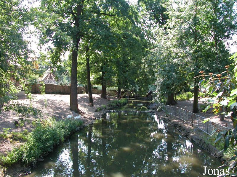 Les zoos dans le monde le jardin d 39 acclimatation for Jardin acclimatation