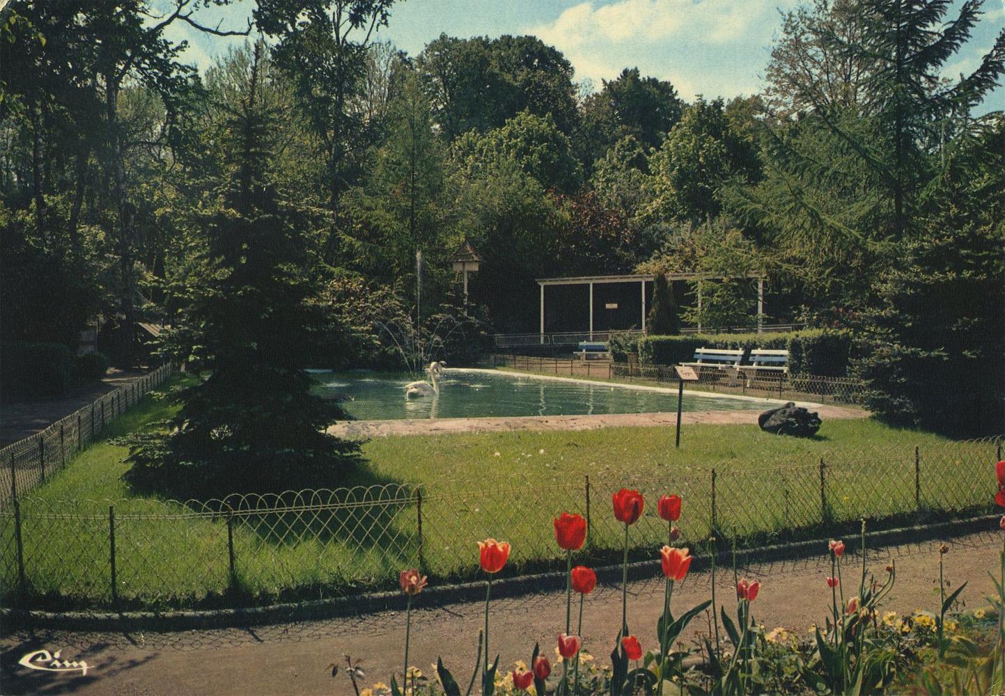 les zoos dans le monde parc et zoo municipal de saint avold. Black Bedroom Furniture Sets. Home Design Ideas