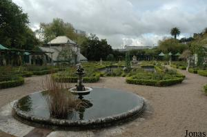 Old gardens in the amusement quarter